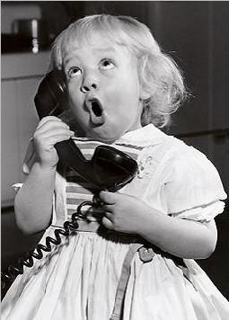 img_girl-talking-on-phone_4_modezoom.jpg