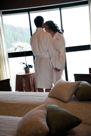 76_Spa_CoupleBeforeMassage_1_0996.jpg
