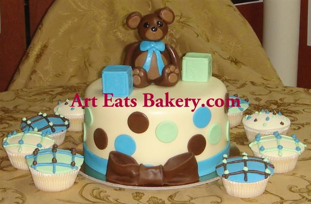 Polka dot fondant baby shower cake with teddy bear, blocks and cupcakes.jpg